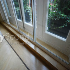 07. Large 4-panel sliding door fitted. Excellent noise reduction with a large cavity (Kew, London)